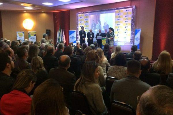 Lojistas fluminenses debatem desafios, tendências e perspectivas para o varejo durante convenção em Teresópolis